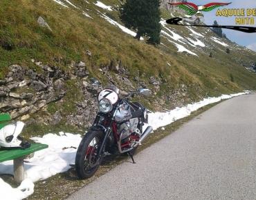 Moto Guzzi V7-2011_10